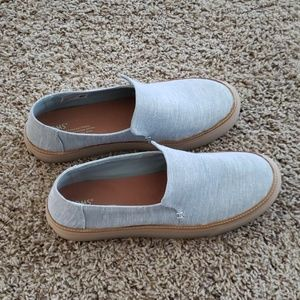 Toms casual shoes Size 10W